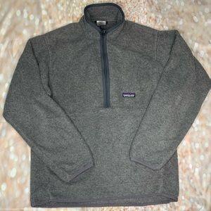 Patagonia quarter zip lightweight jacket